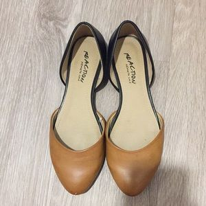 Kenneth Cole Reaction Black Brown Flats